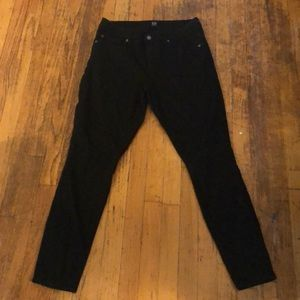 Never worn Gap skinny jeans - true black